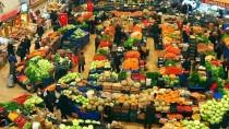 KADINLAR PAZARI - Selçuklu Başkentinin 'Asırlık AVM'si Melike Hatun Çarşısı
