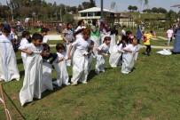 YETİM ÇOCUK - Yetim Çocuklar Uçurtma Şenliğinde Buluştu