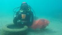 BODRUM BELEDİYESİ - Denizin Dibini Pırıl Pırıl Ettiler