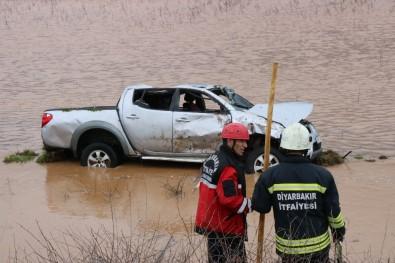 Diyarbakır'da 3 Ayrı Trafik Kazası Açıklaması 1'İ Ağır 7 Yaralı