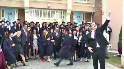 Anadolu Üniversitesi Açıköğretim Fakültesinin KKTC Lefkoşe Kampüsünde Mezuniyet Coşkusu