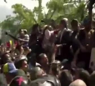 Guaido Açıklaması 'Geri Dönüşü Olmayan Bir Yoldayız'