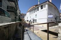 İBADET - Keçiören Hüdaverdi Camii'ne Engelli Rampası Yapıldı