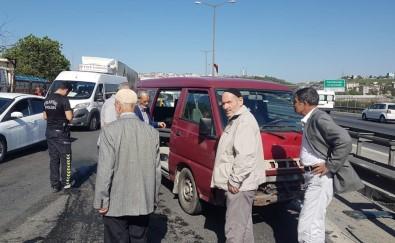 TEM'de Zincirleme Kaza Açıklaması 2'Si Ağır 4 Yaralı