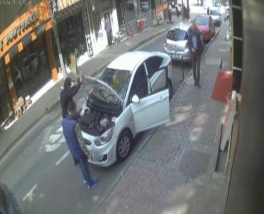 Test Sürüşü Bahanesiyle Otomobil Çalan 2 Kişi Tutuklandı