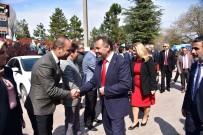 YAŞAR TÜZÜN - Bilecik Belediye Başkanı Şahin Mazbatasını Aldı