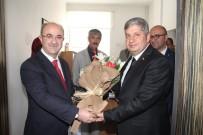BAYRAK YARIŞI - Bünyan Belediyesinde Devir Teslim Töreni Yapıldı