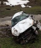 Otomobil Dere Yatağına Yuvarlandı Açıklaması 1 Ölü