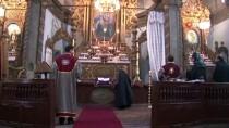 ERMENİ KİLİSESİ - Ermeni Cemaati Miçing Ayini İçin Toplandı