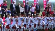 MEHMET ÖZKAN - Minik Futbolcuların Uluslararası Mücadelesi
