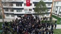 ÖZNUR ÇALIK - Yeşilyurt Belediye Başkanı Çınar'a Coşkulu Karşılama