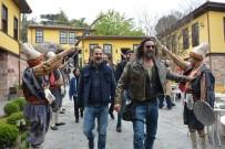 NURETTİN SÖNMEZ - Bursa'da Fetih Şenliklerinde Diriliş İzdihamı