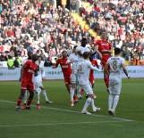 TIAGO - Spor Toto Süper Lig Açıklaması Demir Grup Sivasspor Açıklaması 1 - İstikbal Mobilya Kayserispor Açıklaması 3 (Maç Sonucu)