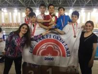 CUMHURIYET ÜNIVERSITESI - Cumhuriyet Üniversitesi Vakfı Okulları Başarıya Doymuyor