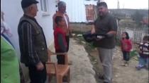 MHP'li Taytak, Sosyal Medyada Gördüğü Çocukları Sevindirdi