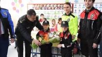 TOPLUM DESTEKLI POLISLIK - Öğretmenler Polis Üniformasıyla Ders Anlattı