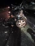 Otomobil İle Panelvan Çarpıştı Açıklaması 5 Yaralı