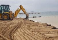 BODRUM BELEDİYESİ - Sahile İzinsiz Yapılan Taş Duvarın Yıkımı Gerçekleştirildi