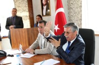 KEMER BELEDİYESİ - Kemer'de Seçim Sonrası İlk Meclis Toplantısı Yapıldı