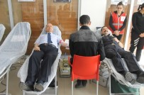 ÇANKIRI VALİSİ - Polis Haftası'nda Kan Bağışı Yaptılar