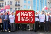 SOSYAL ADALET - HAK-İŞ Üyeleri Taksim'deki Cumhuriyet Anıtı'na Çelenk Bıraktı