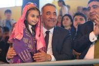 Sultangazi'de Geleneksel Halk Oyunları Şenliği Düzenlendi