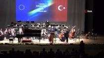 CUMHURBAŞKANLIĞI SENFONİ ORKESTRASI - Bakan Çavuşoğlu Açıklaması 'Türkiye'nin Tam Üyeliği Tabii Ki Çok Önemlidir'