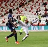 HÜSEYIN GÖÇEK - Bursaspor, Antalyaspor'u Tek Golle Geçti