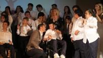 Özel Eğitim Öğrencileri, Foça'da Gösteri Sundu