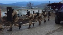 YARDIM VE YATAKLIK - Siirt'te PKK'ya Yardım Ve Yataklıktan 4 Şahsa Gözaltı
