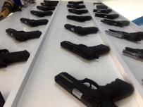 SİLAH KAÇAKÇILIĞI - Silah Kaçakçılığına 2 Tutuklama