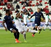 HÜSEYIN GÖÇEK - Spor Toto Süper Lig Açıklaması Antalyaspor Açıklaması 0 Bursaspor Açıklaması 1(İlk Yarı)