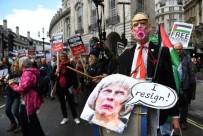 Ahed Tamimi - Filistin'i Destekleyen Binlerce Kişi Londra'da Yürüdü