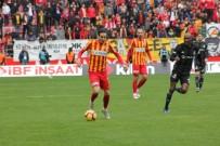 TIAGO - Kayserispor'da Tiago Lopes Forma Giyemeyecek