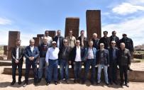 Milli Eğitim Bakanlığı Müfettişleri Ahlat'ın Tarihi Mekanlarını Gezdi
