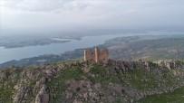 Bin Yıllık Manastır, 3 Saatte Ulaşılıyor Manzarasıyla Dikkat Çekiyor
