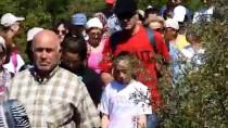 HAREKETSİZLİK - Ölen Anneleri İçin 3 Yıldır Yürüyüş Düzenliyorlar