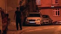 KAVAKLı - (Özel) Esenyurt'ta Suriyeliler Arasında Bıçaklı Kavga Açıklaması 1 Yaralı