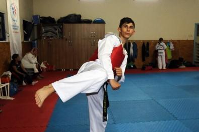 17 Yaşındaki Milli Tekvandocunun Hedefi Avrupa Ve Dünya Şampiyonluğu
