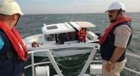 KIYI EMNİYETİ - Büyükçekmece'de İçindeki 3 Kişiyle Sürüklenen Tekne Kurtarıldı