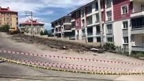 Karabük'te Yolda Çatlaklar Oluştu