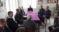TAŞIMALI EĞİTİM - Kaymakamdan Köyde Halk Toplantısı