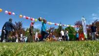 Özel Çocuklar Ve Aileleri Gönüllerince Eğlendiler