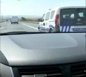 ETILER - Polis Aracına Bile Makas Attı Açıklaması O Anlar Kamerada