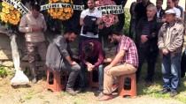 Trafik Kazasında Şehit Olan Polisin Cenazesi Defnedildi