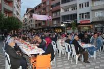 Türkeli'de 2 Bin Kişilik İftar Sofrası