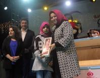 Sultangazi'de 'İyilik' Yapan Çocuklar Ödüllendiriliyor