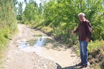 Sumbaslı Çiftçiler Sulama Kanalı Ve Yol İstiyor