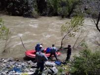 YÜKSEK GERİLİM - Coşan Nehir, Ekiplere Zor Anlar Yaşattı
