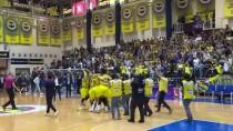 BIRSEL VARDARLı - Fenerbahçe Şampiyonluk Kupasını Aldı